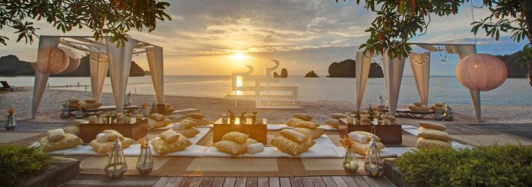 wedding planner malaysia beach wedding